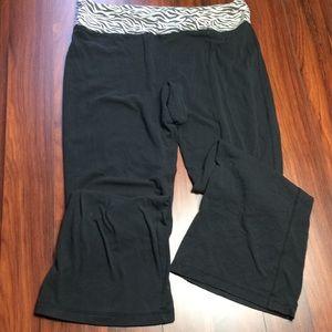 Other - Zebra yoga pants E1